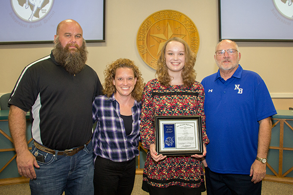 Lacee Mims, New Braunfels High Student of the Month for October 2016